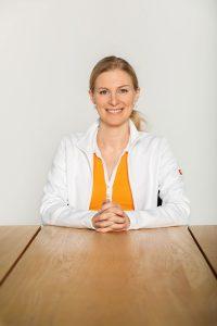 Dr. Ada Orascanin